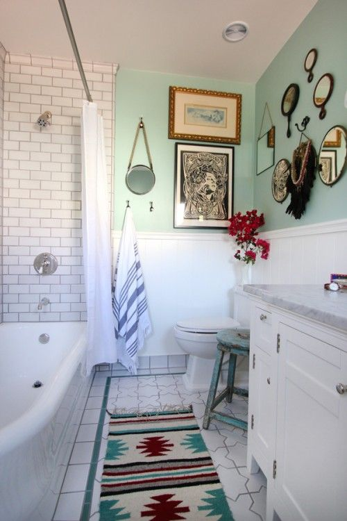 eclectic-white-bathroom