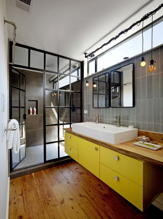 eclectic-master-bathroom-with-vessel-sink