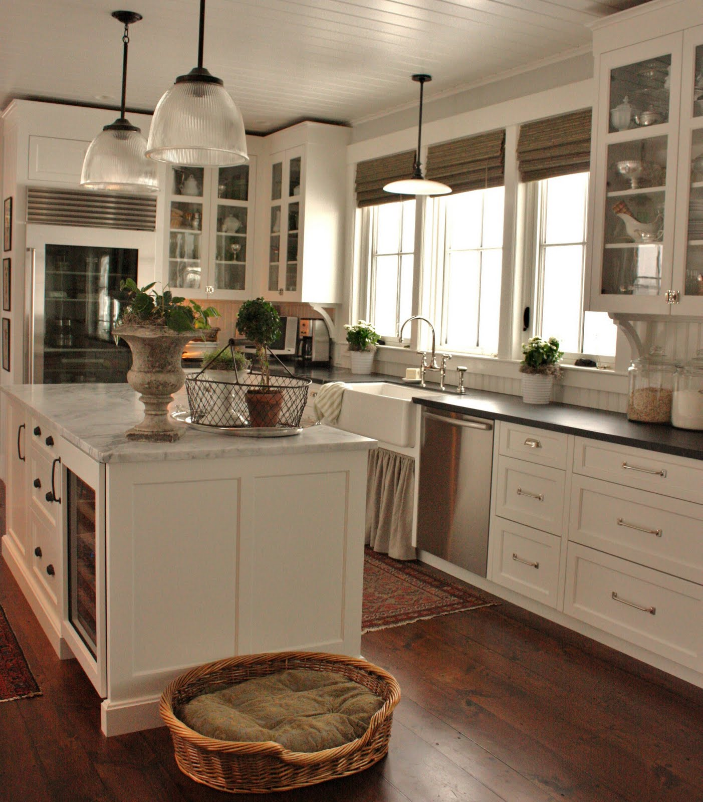 cottage-farmhouse-kitchens