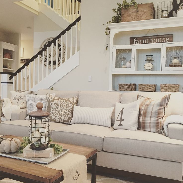 cozy-modern-farmhouse-living-room