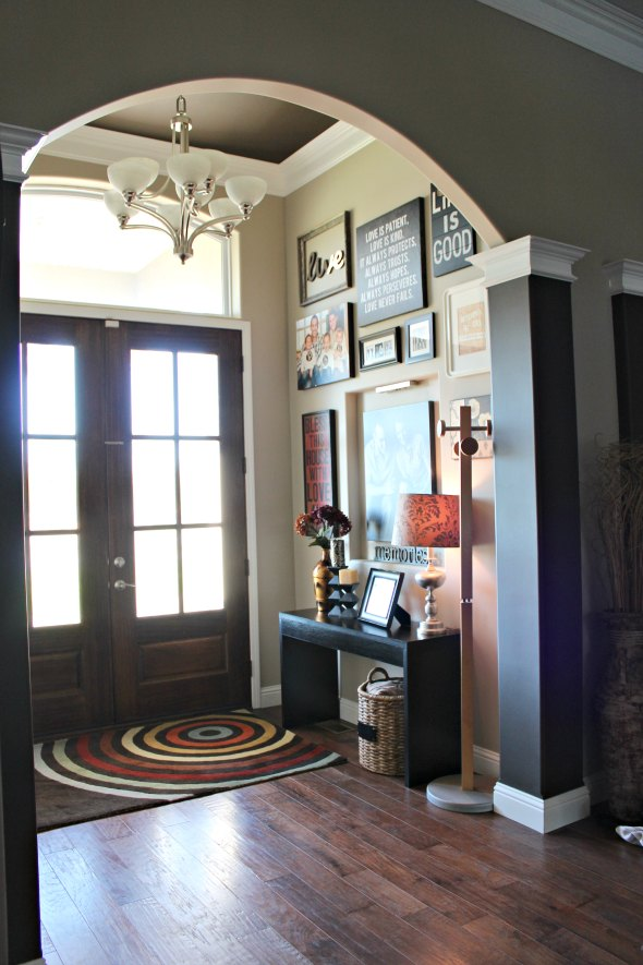 30 Beautiful Entryway Design Ideas