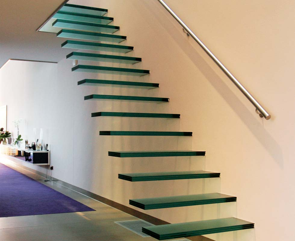glass-staircase-with-brushed-stainless-steel