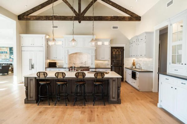 luxurious-farmhouse-kitchens