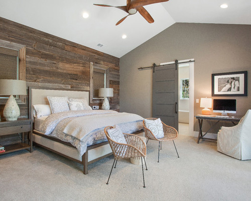 mid-sized-country-master-bedroom