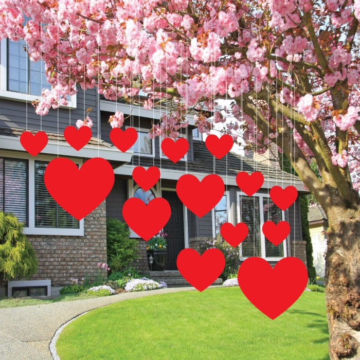 - 21 Lovely Outdoor Valentines Decorations