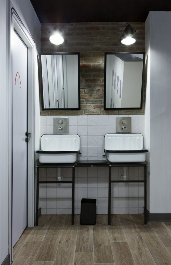 simple-industrial-bathroom-designs