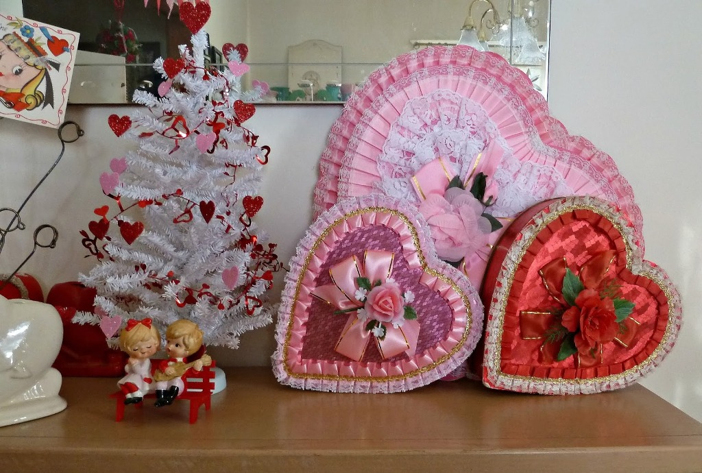 vintage-valentines-decorations-7