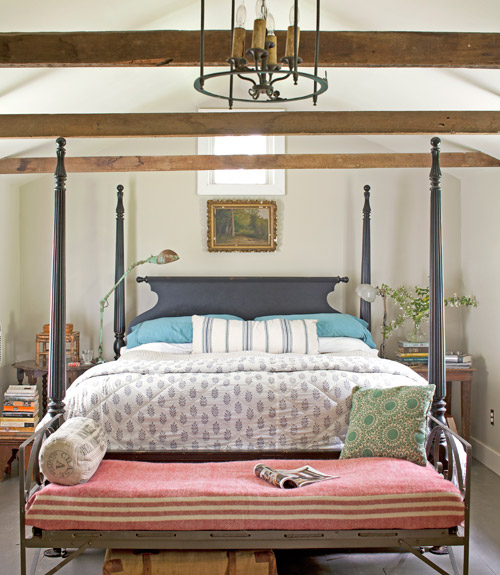farmhouse-bedroom-decorating-ideas