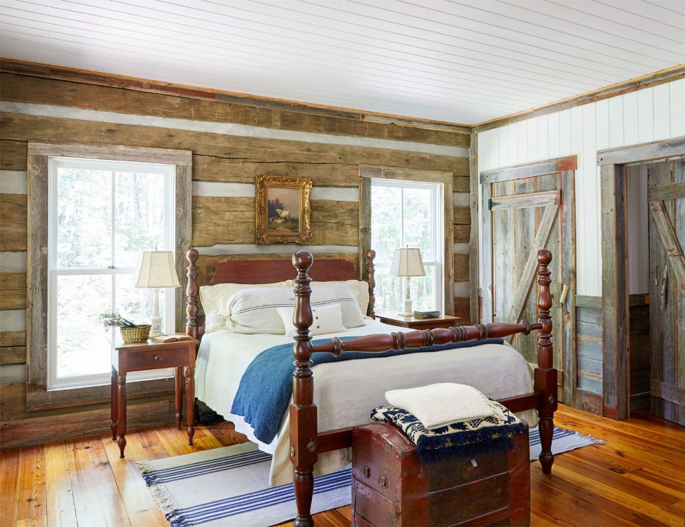 reclaimed-cabin-bedroom