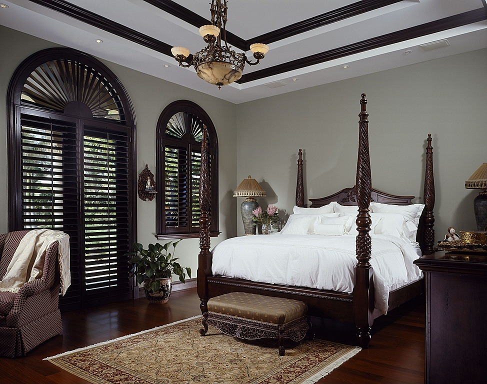 Small Traditional Bedroom Designs