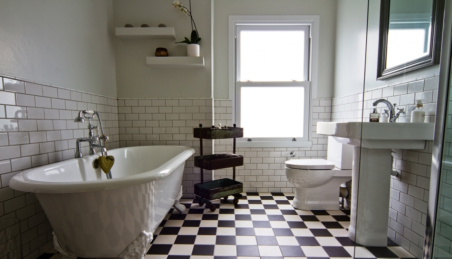 wonderful-traditional-bathrooms