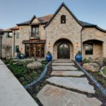 20 Traditional Exterior Design Ideas