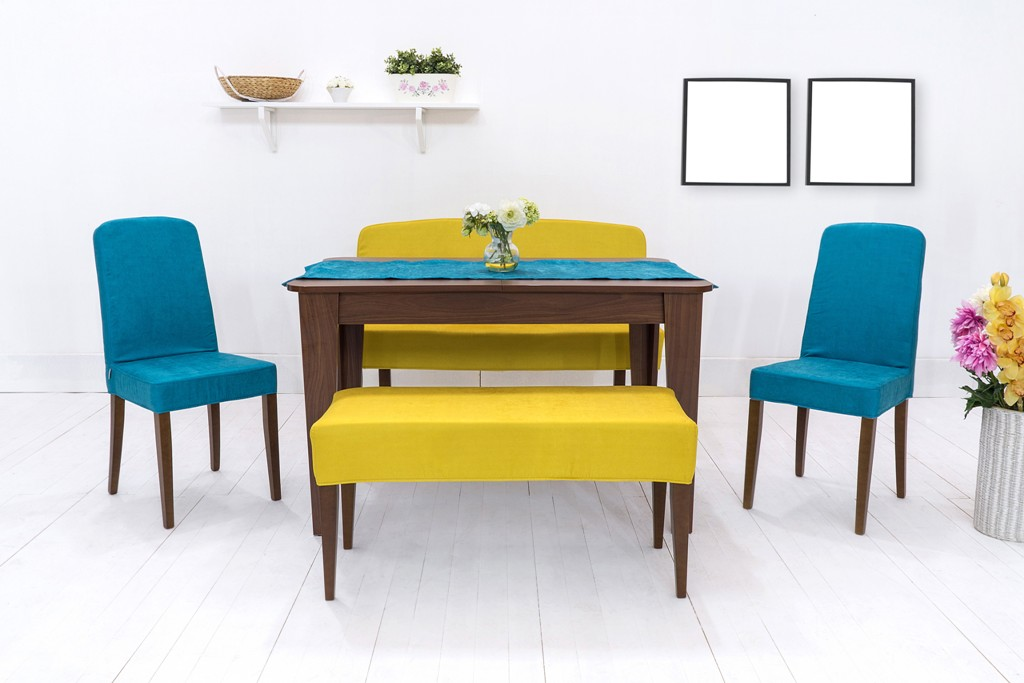 Right Dining Table
