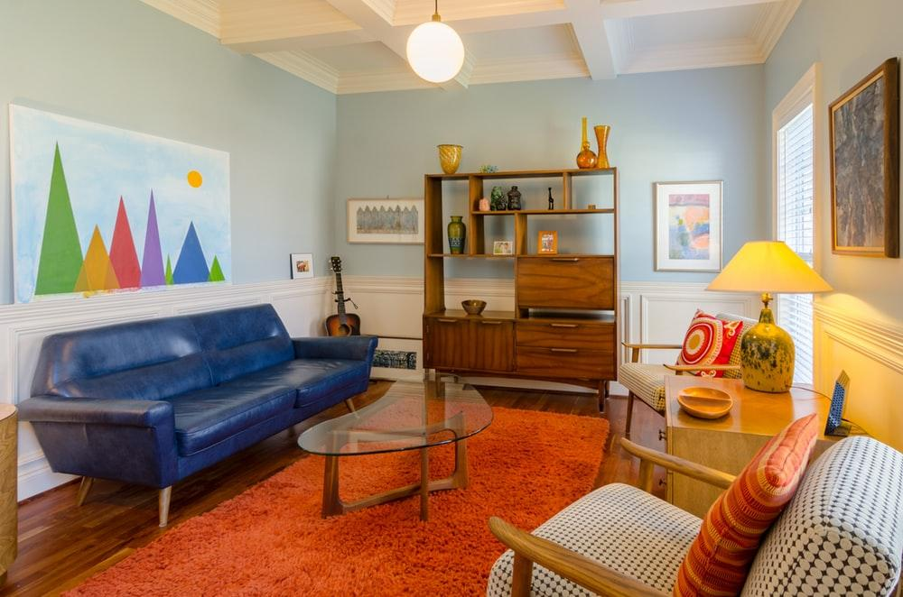 How to Paint a Room with More Than One Colour