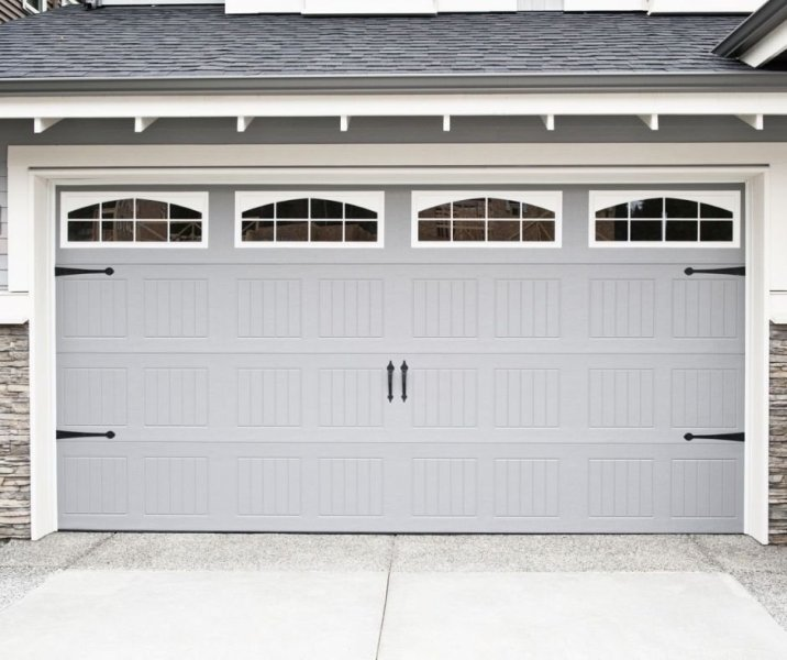 Key Signs You May Need To Replace Your Garage Door