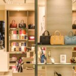 How Retail Displays Help Attract More Customers